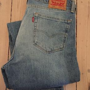 Levi's 510 jeans i str. 34X30. Kom med et bud :)