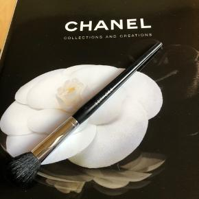 Makeupbørste fra Sephora Sephora PRO small blush  Blush définition 74
