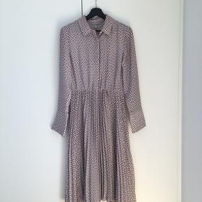H&M Premium kjole