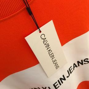 Splinterny sweater.  Mødes gerne og handler i København.  Bytter ikke!