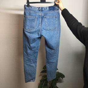 Pasform som mom-jeans
