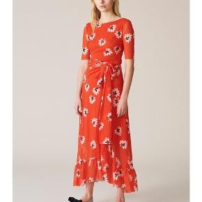 Ganni red skirt. Super cute. Size 34