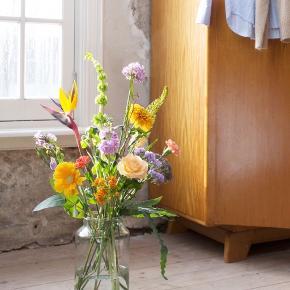 Stor mundblæst glasvase - 31cm høj Ø15cm