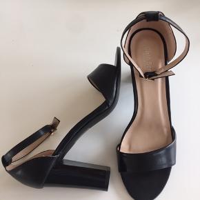 Sixth sense heels med rem - nye