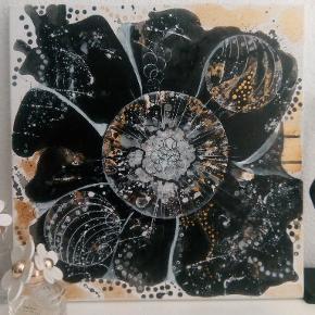 Original abstrakt sort/guld/hvid akrylmaleri på lærred, der er ingen fastlagt konklusion, og fortolkningen sættes fri... Størrelse 40x40 cm