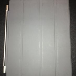 IPad cover. Afhentes efter aftale i Esbjerg Ø. Bredde 18,5 (plus magnet) og længde 24Til iPad model A1822