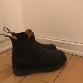 Cute Doc Martens Chelsea boots