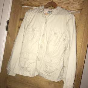 Super fin beige jakke fra Noa Noa