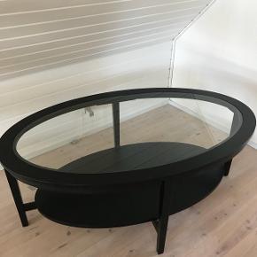 Rigtig fint sofabord, som absolut intet fejler!