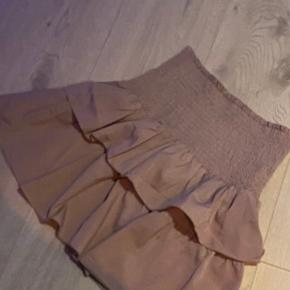 Dahrling kjole eller nederdel