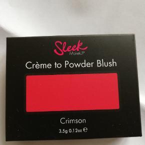 """Créme to Powder Blush fra Sleek makeup i farven """"Crimson 079"""". Aldrig brugt Mindstepris er 40 kr.   Kan sendes mod betaling ☺️"""