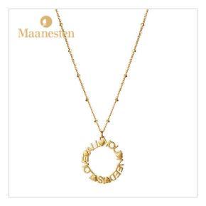 All you need is love halskæde i guld fra Månesten. Nypris 500 kr., brugt få gange.  Sælges for 300 kr. 🌸