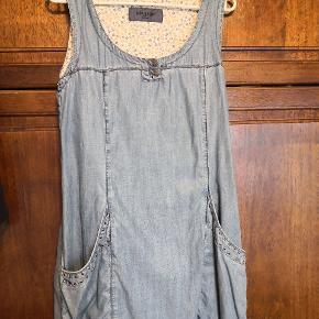 Kön & Mön anden kjole & nederdel