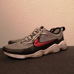 Nike spiridon Str 44 Enkelte brugsmærker, men overhovedet ikke on feet Nup dem for 350 + fragt