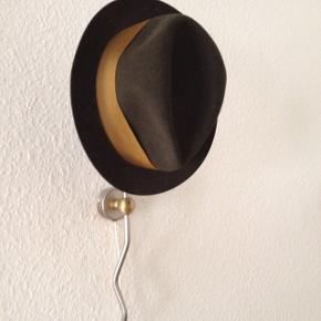 Gammel hat som man bruger i film
