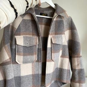 Le Mont jakke