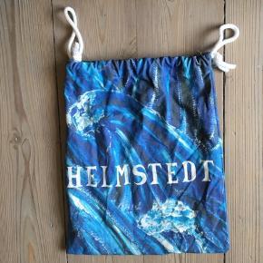 Flot accessory fra Helmstedt i en smuk blå farve💙🌊 Aldrig brugt💧