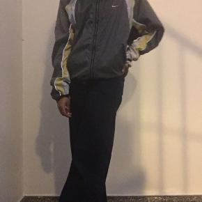 Nike refleks jakke