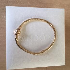 Guld Pandora Armbånd i 14K Str. 17 cm.