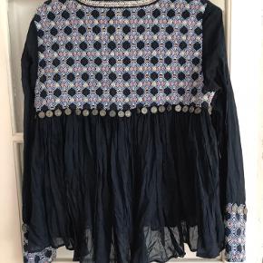 """Zara undermærke """"trf outerwear"""""""