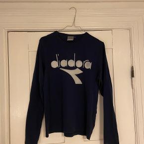 Diadora sweater