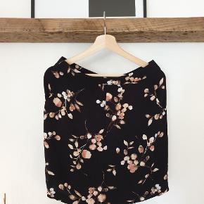 Blossom skirt⚡⚡⚡ Side pockets and soft fabrick