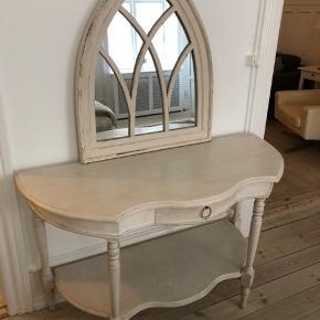 Konsolbord med spejl til. Kan afhentes i Kbh k.