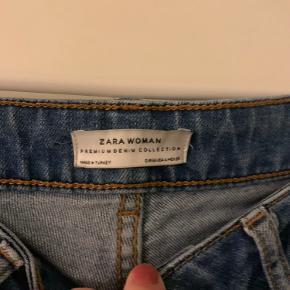 Mega fine jeans fra Zara, med vidde i benene