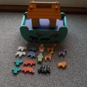 Noahs ark puttekasse Pæn og velholdt  2 brikker mangler  Fra røgfrit og dyrefrit hjem