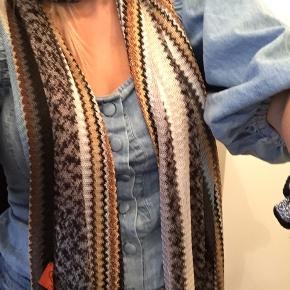 Super fint MISSONI tørklæde. Købt vintage. 🌟