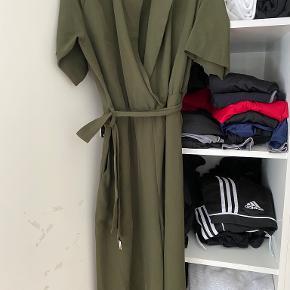 Weekday anden kjole & nederdel