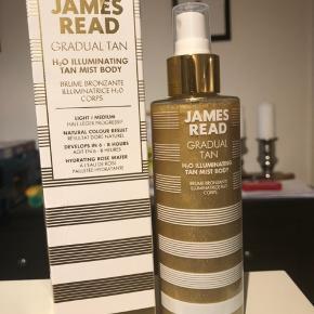 Aldrig brugt. Fejlkøb. Sælges eller bygges til James read coconut face tan mist.