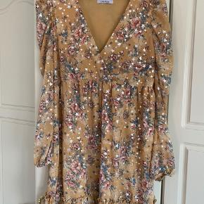 Smuk kjole fra By Baunbaek.  Aldrig brugt