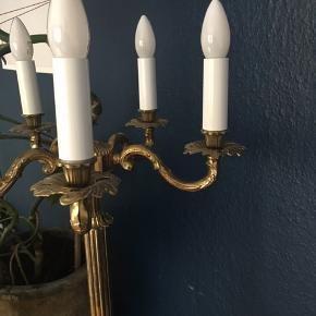 Flot gammel messing lampe
