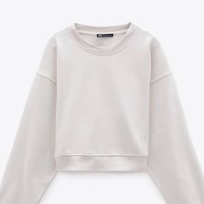 ZARA sweatshirt  Brugt 2 gange  Beige  Mega blødt materiale