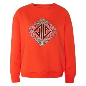 Virkelig flot sweatshirt fra lala Berlin. Aldrig brugt. Byd gerne