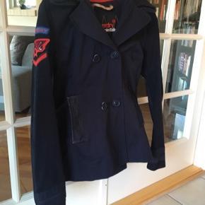 Super flot jakke, købt i London😊 til 1499kr