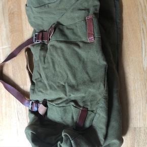 Army sportstaske stort set aldrig brugt