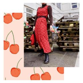 Smukt sæt (top + nederdel) uden bælte🍓 Fitter også str. 38✨ #30dayssellout