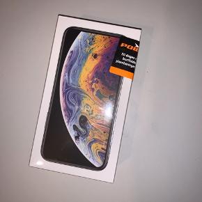 """Ny og aldrig åbnet, stadig i indpakning.  iPhone Xs 64gb """"silver"""" Kvittering følger med  Trader eventuelt til High end. Gucci, Prada, Louis Vuitton, Balenciaga osv"""