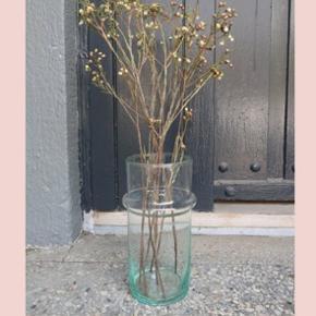 Fejl køb ❤️ - fin vase fra Craft sisters på Jægersborggade. 9,5 x 20 cm  Kan sendes eller hentes i København