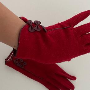 Accessorize Handsker & vanter