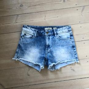 Fedeste lårkorte shorts.  Se også gerne mine andre annoncer 🌸