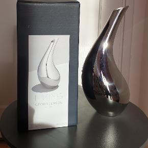 Georg Jensen kande, Bloom, rustfrit stål, 1.7 liter, h: 300 mm, design: Helle Damkjær, original emballage, ny, aldrig brugt, perfekt stand