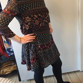 Jennyfer kjole