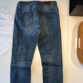 Pietzak jeans med fedt, slidt look fra start. Fede 7/8 bukser. Størrelse 29. Model Diva High rise&skinny fit.