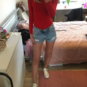 ‼️‼️Moving out FINAL SALE  H&M shorts GOOD CONDITION✅  Ripped design High waisted  👖