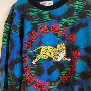 Sweater fra samarbejdet mellem H&M x Kenzo