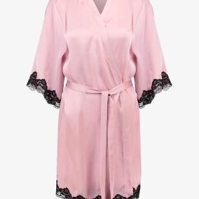 Anna Field kimono