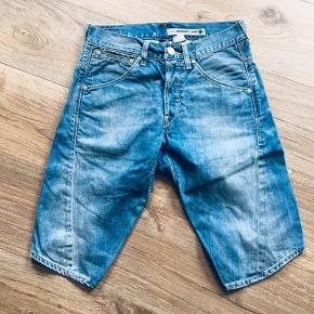 Levi's engineered denim shorts str xs